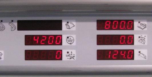Lâminas motorizadas e movimento da cerca com display digitais. Possibilidade de memorizar mais de 250 programas